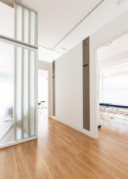 Fotos interior clínica quiropráctica Santa María